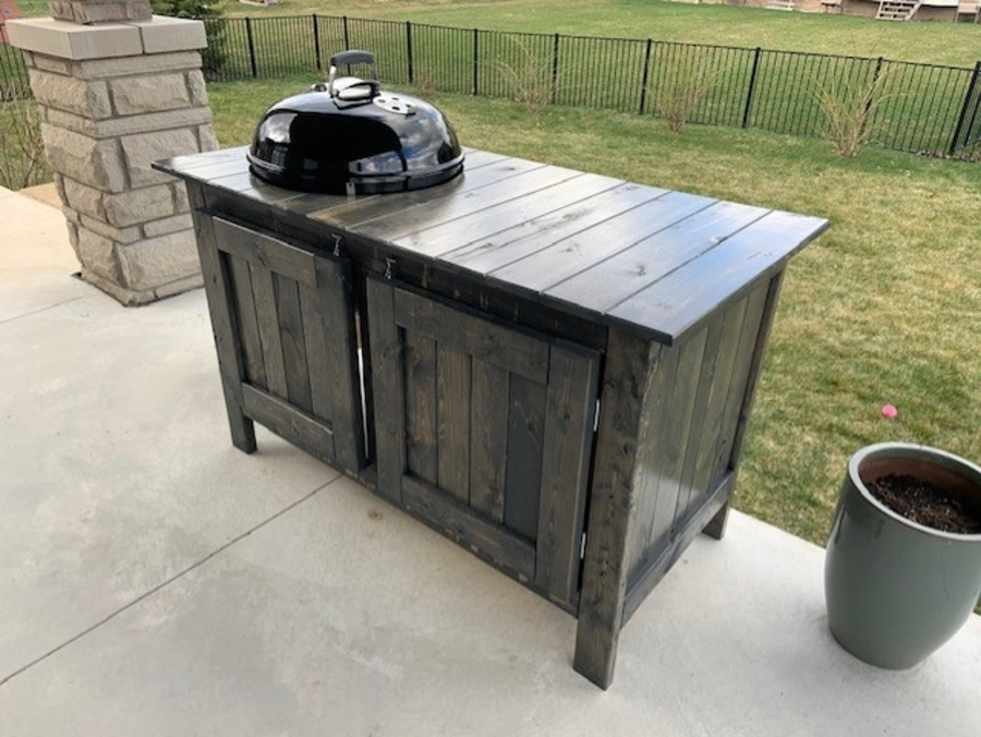 13 DIY Grill Table Plans You Can Build Today