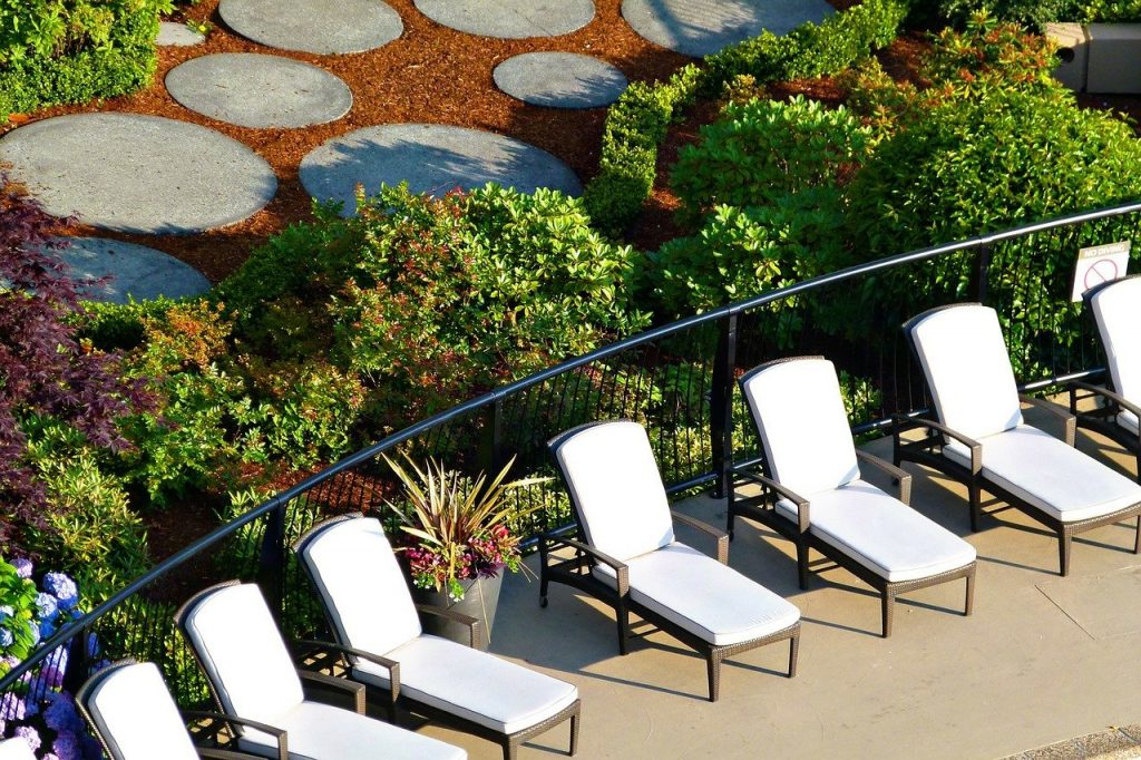 Best Outdoor Chaise Lounge Reviews